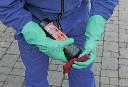 Rękawice z długim mankietem do pracy z chemikaliami - zdjecie 2