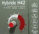 Elektryzator uniwersalny na dziki i bydło mięsne HYBRIDE H42 - mocny 4,2 J - zdjecie 2